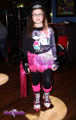 image_3.roller disco kids birthday party ideas