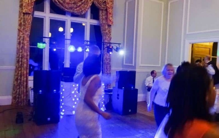 1wedding disco - lynford hall -mindys - roadshow
