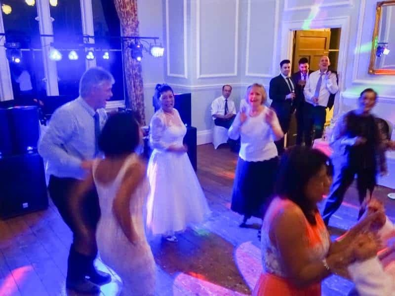 wedding mobile disco - lynford hall - mindys roadshow