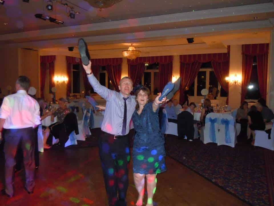 wedding-lynford-hall-disco-party-american