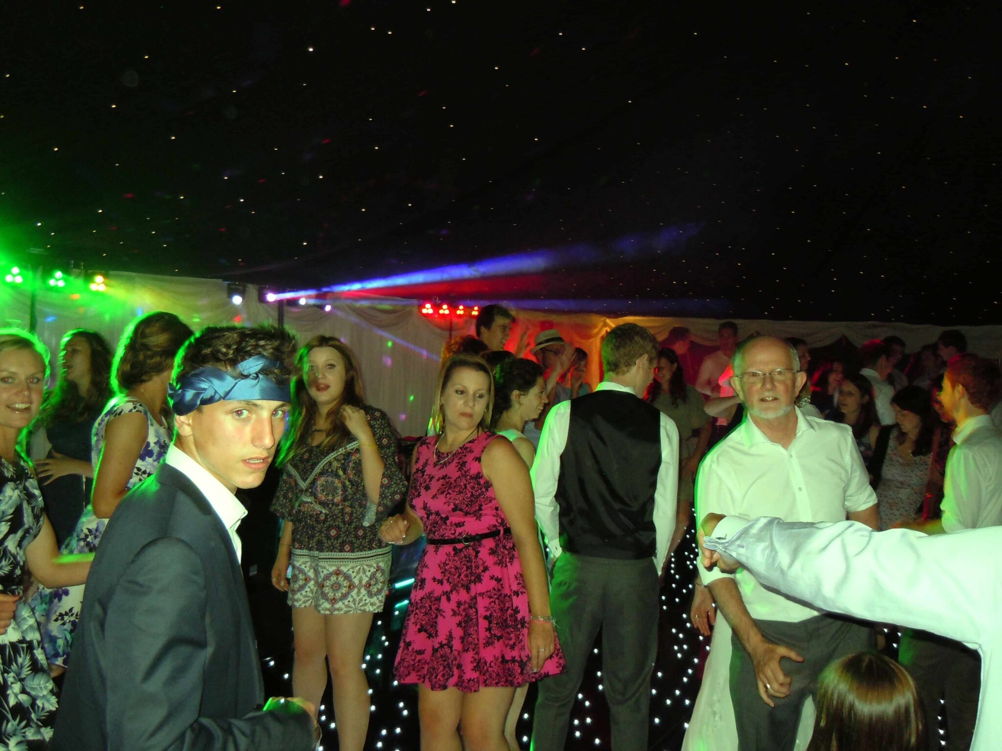wedding-disco-cambridge-mindys-roadshow-bride-goom-corporate